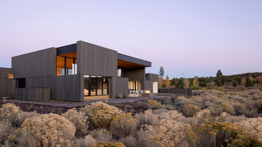 Hacker Architects builds High Desert Residence in volcanic Oregon landscape