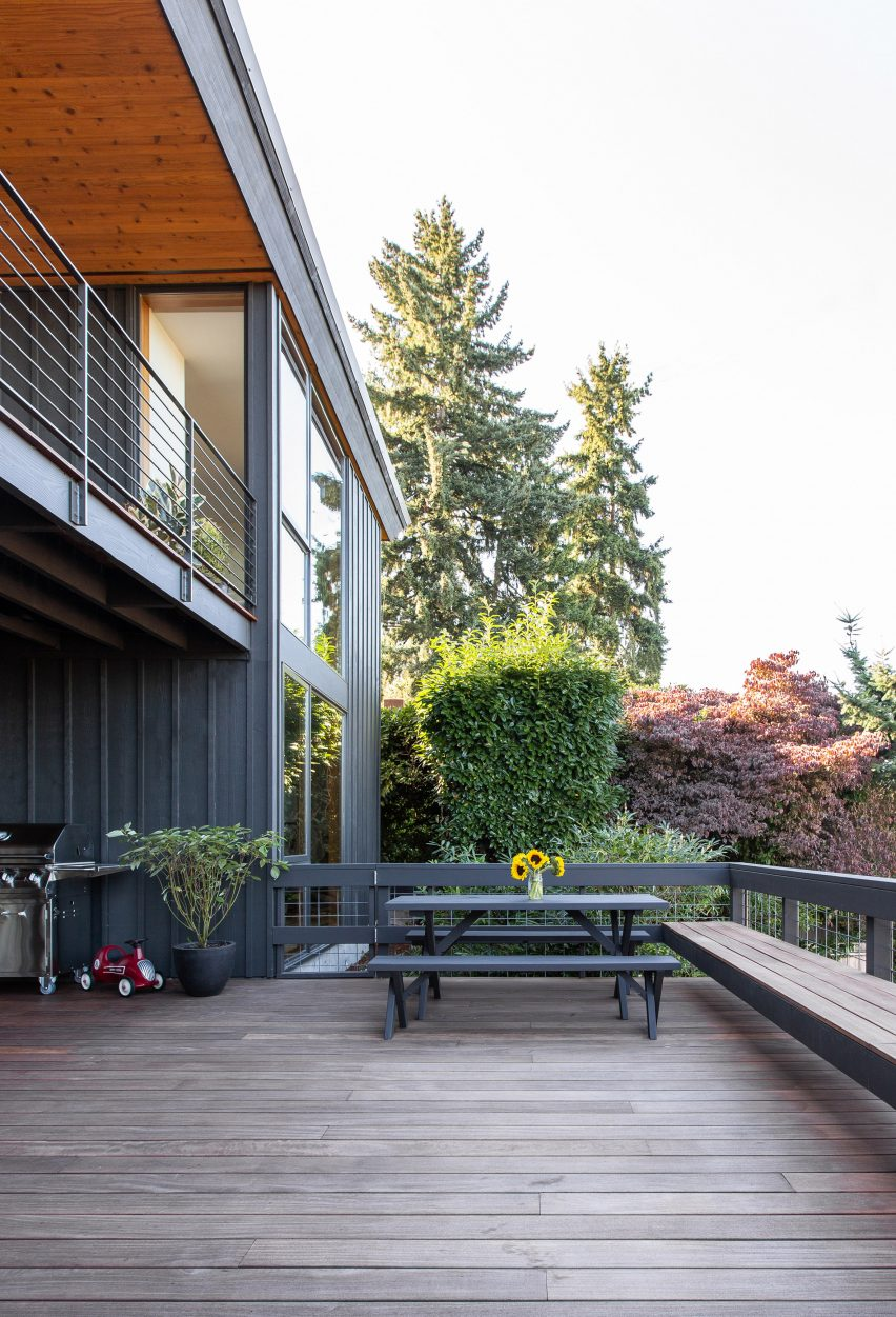 Irwin Caplan's Laurelhurst House by SHED