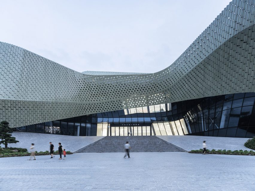 Ningbo Urban Planning Exhibition Center in China by Playze & Schmidhuber