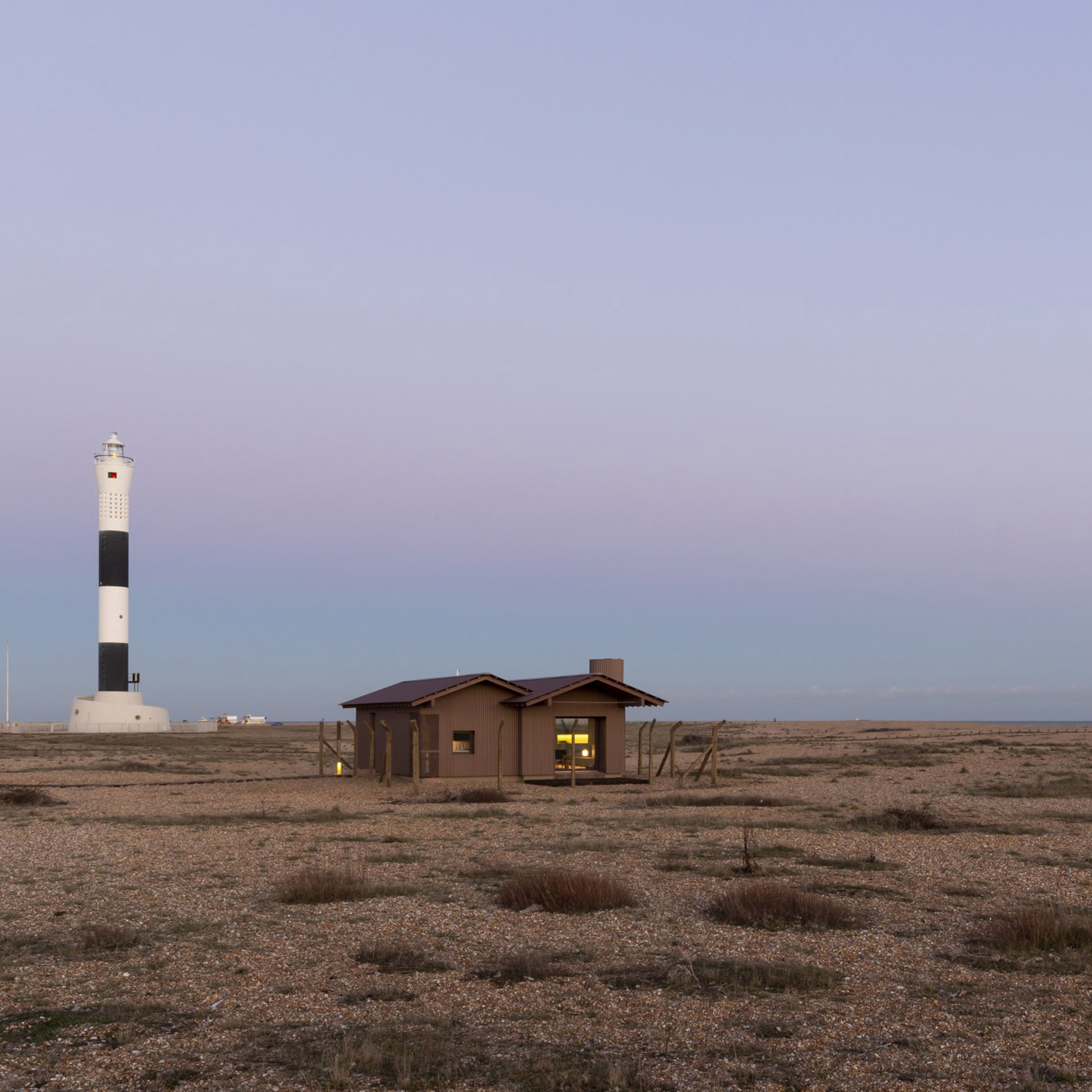 Dungeness beach architecture: holiday homes