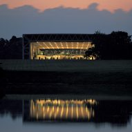 "Sainsbury Centre had its ""crisis"" moments says Norman Foster"