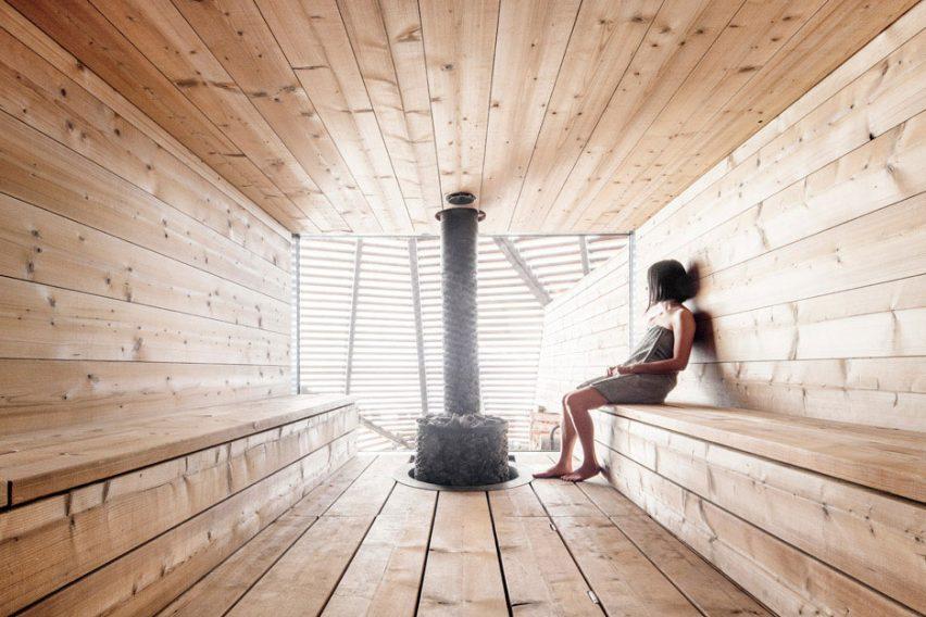 Waterfront sauna by Avanto Architects