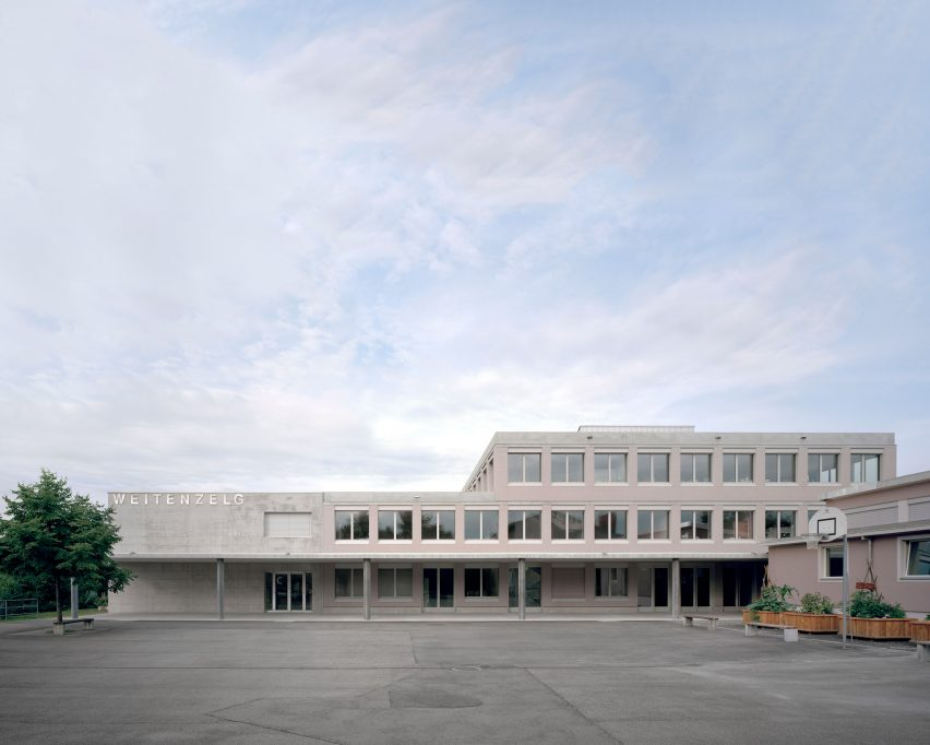 Secondary School Romanshorn by Bak Gordon Arquitectos