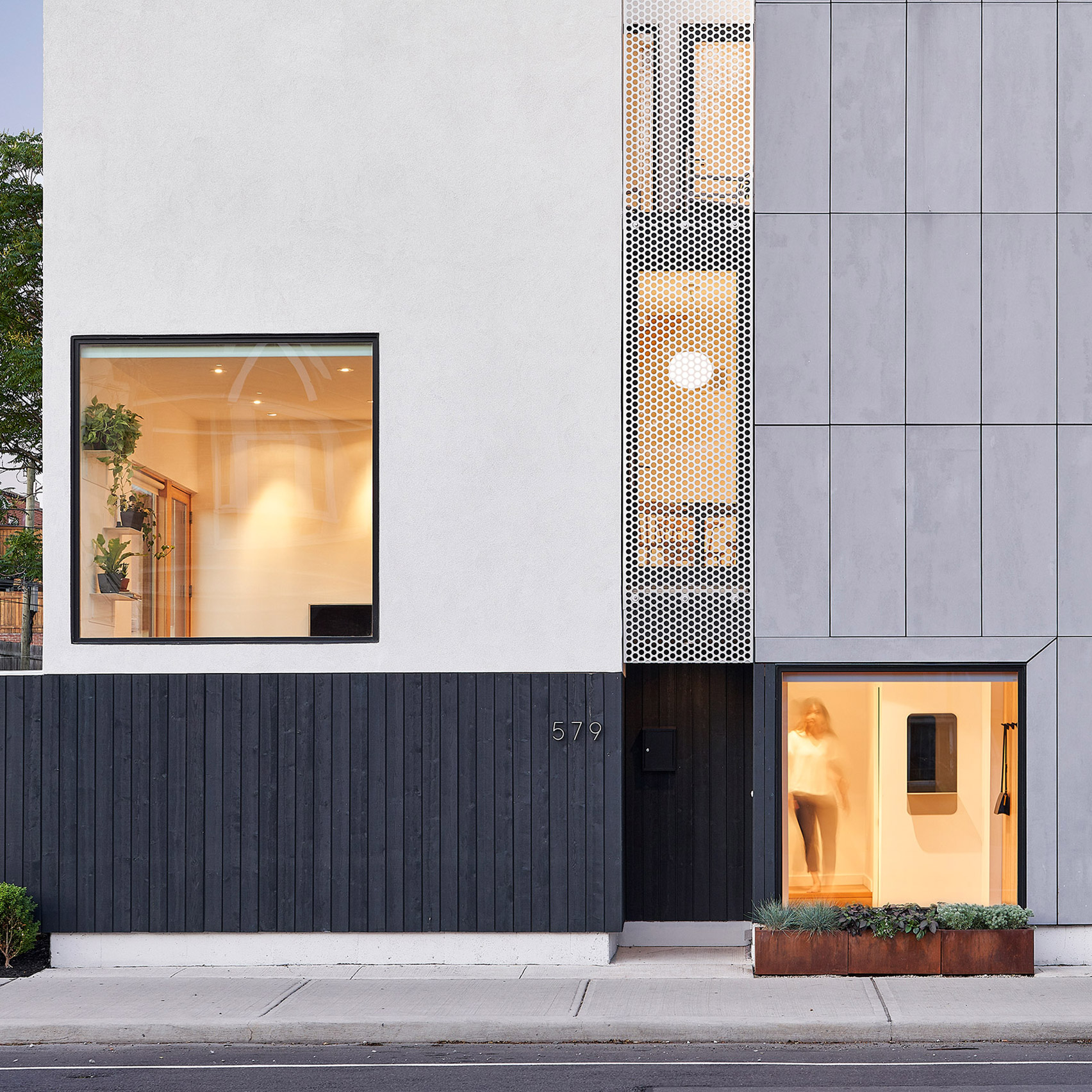 Semi Semi By Comn Architects Comprises Two Matching Homes In Toronto