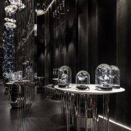 Baranowitz + Kronenberg creates charcoal interiors for Âme jewellery store