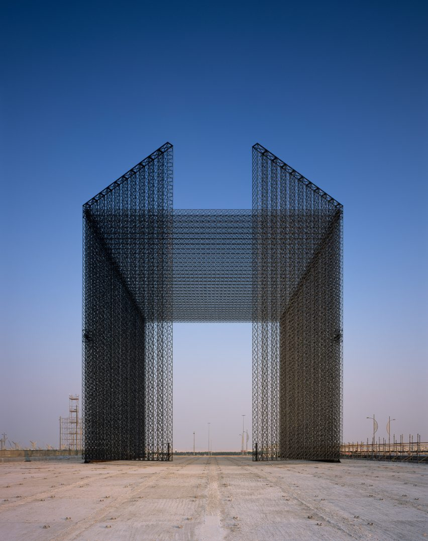 Expo Entry Portals Dubai Expo 2020 by Asif Khan