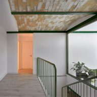 Brick Vault House by Space Popular in Spain
