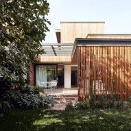 Reddaway Architects adds timber extension to Melbourne home