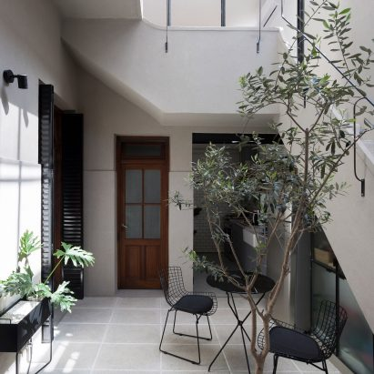 Casa Juramento by Hernan Landolfo