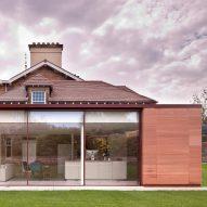 Archer + Braun adds glass and stone extension to grand Edinburgh villa