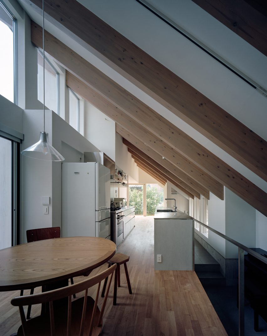 House in Gakuenmae by FujiwaraMuro Architects