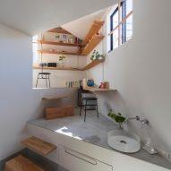 House in Takatsuki by Tato Architects
