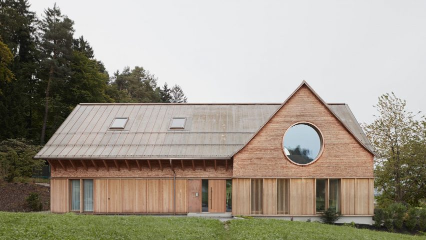 House with Three Eyes by Innauer-Matt Architekten