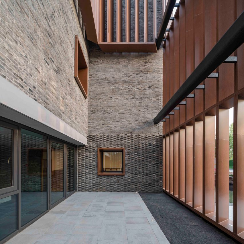 Junshan Cultural Center by Neri&Hu