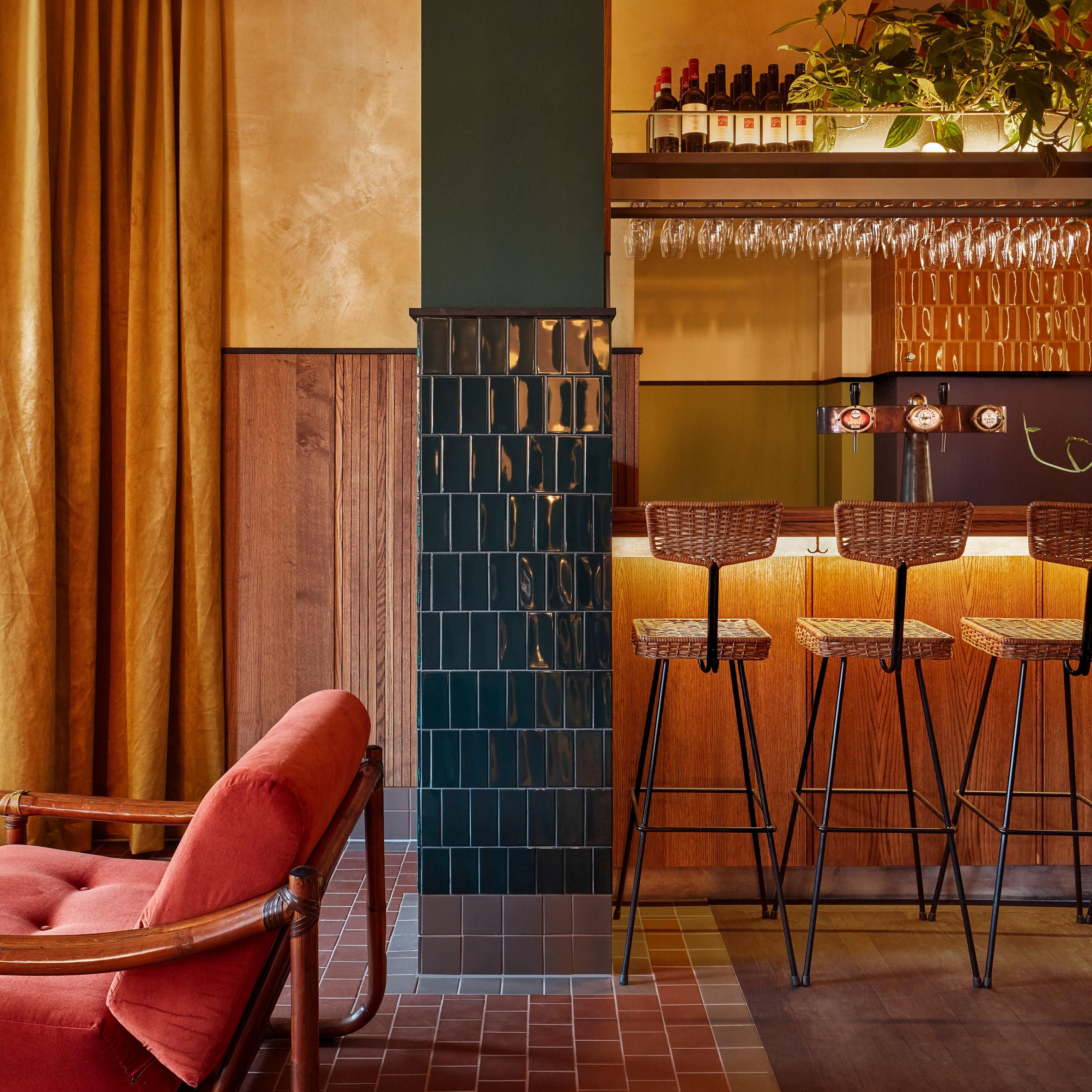 Interior Design Studio Amsterdam karavaan restaurant is designed as a series of natural