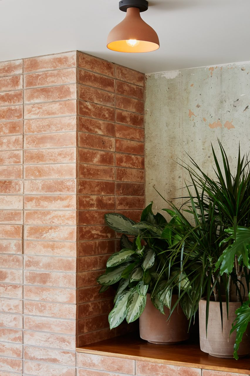 Terracotta Brick And Stucco Give Mexican Restaurant Loqui A Rustic