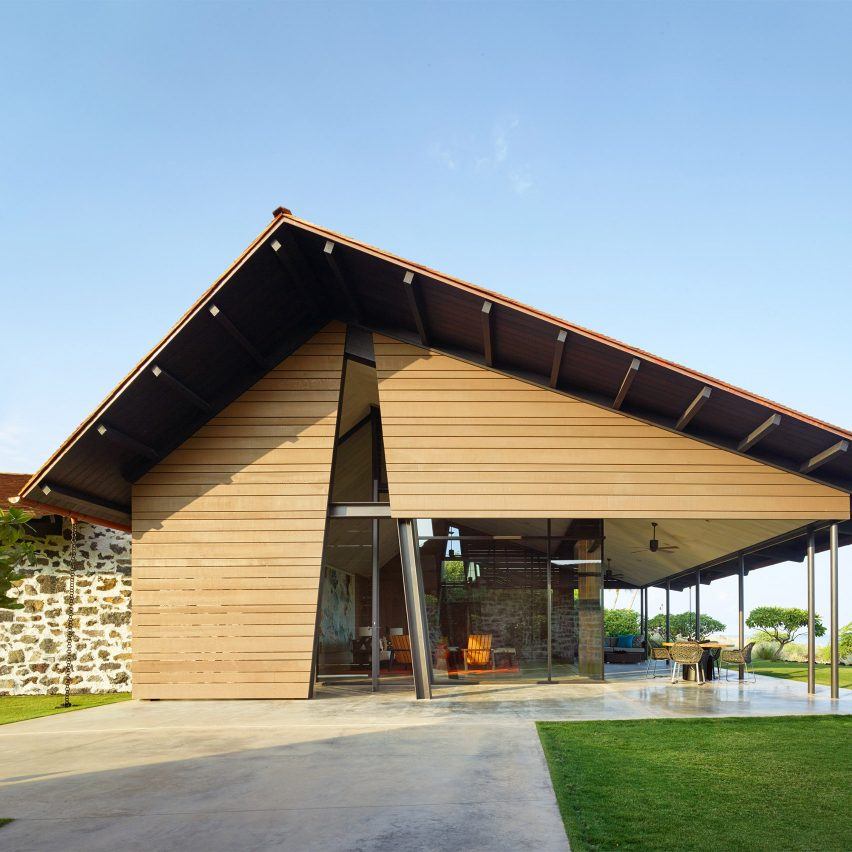 Walker Warner Architects takes cues from traditional Hawaiian shelters for Makani' Eka house