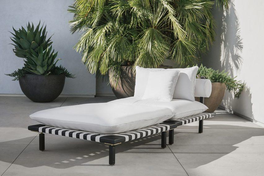 Nerthus Sofa by ATRA