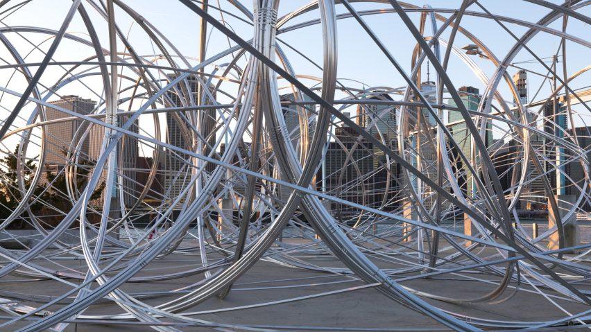 "Antony Gormley installs ""drawing in space"" on Brooklyn pier"
