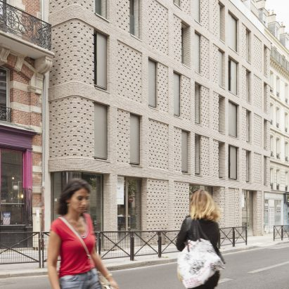 Paris social housing by Avenier Cornejo