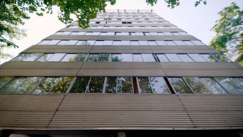 Park Road Apartments by Farrell and Grimshaw Partnership