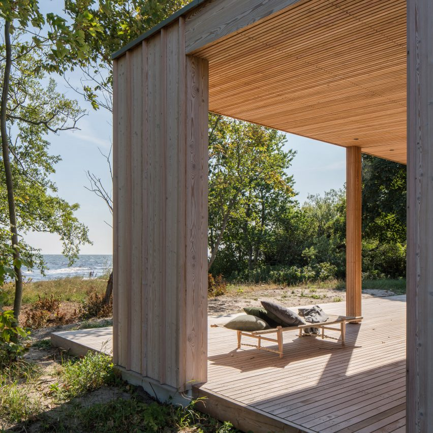 "Johan Sundberg's Sommarhus H is a ""discreet and inviting addition"" to its coastal setting"