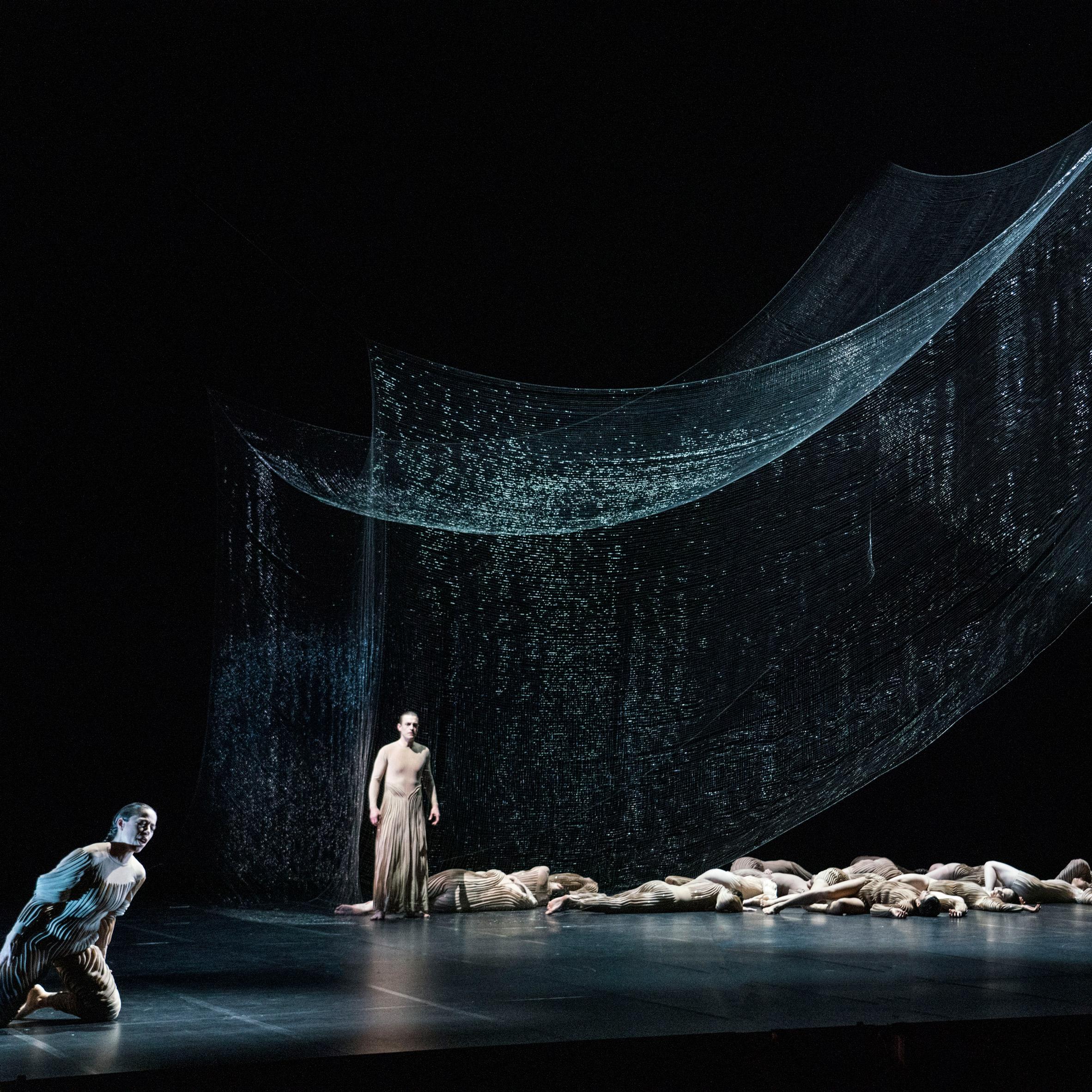 Studio Drift creates dramatic shifting Ego sculpture for Dutch opera L'Orfeo