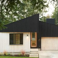 Two-toned wood wraps Washington home by Open Studio Collective