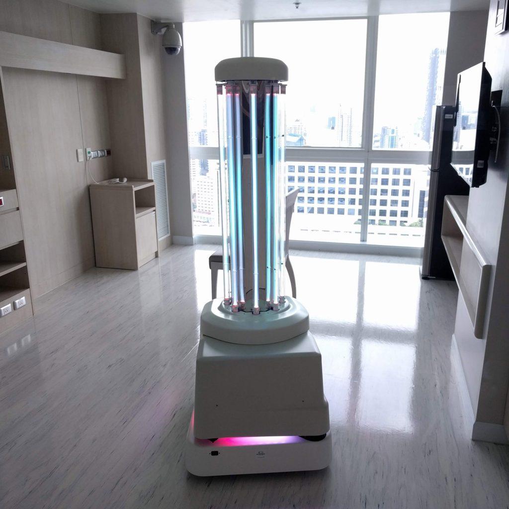 Resultado de imagen de china robot uv clean hotel coronavirus