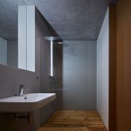 Weekend House in Beskydy by Pavel Míček Architects bathroom