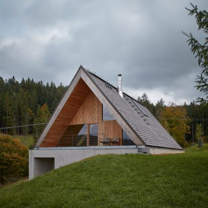 Weekend House in Beskydy by Pavel Míček Architects exterior