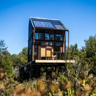 ZeroCabin in Chile designed to operate off the grid