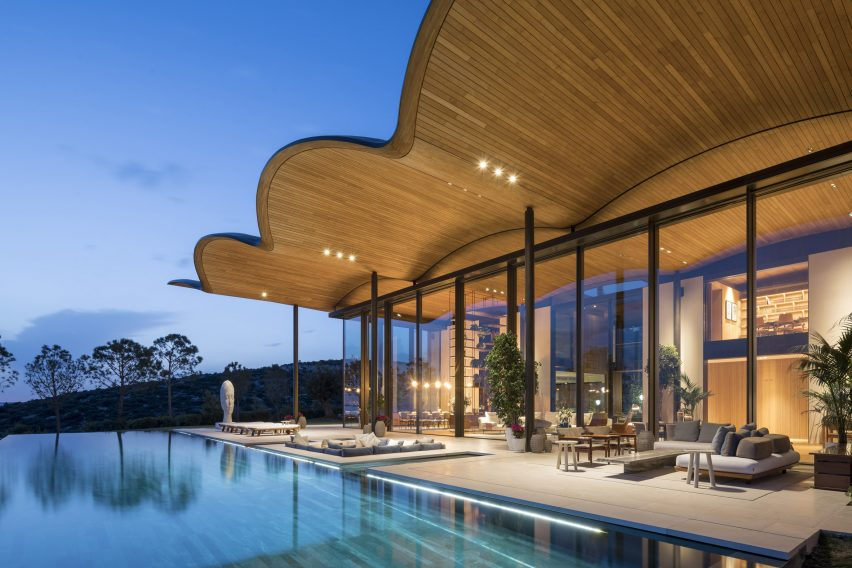 Dolunay Villa by Foster + Partners in Turkey