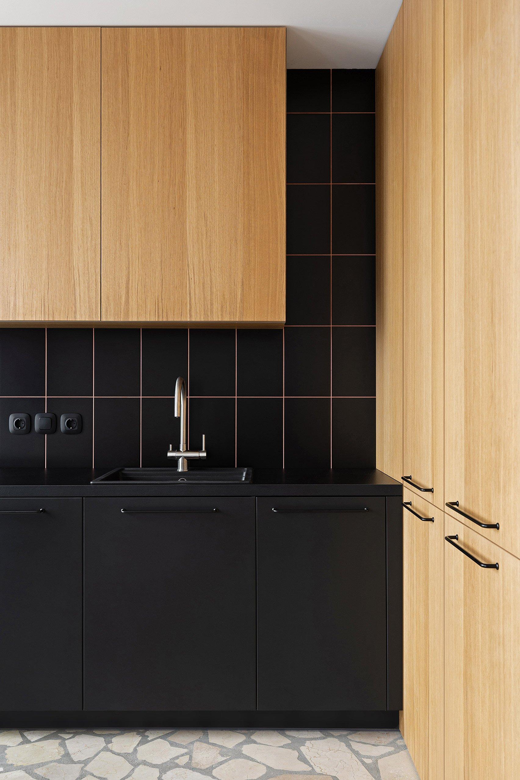 butas Egr-apartment-ater-architects-kyiv-ukraine-architecture_dezeen_1704_col_2