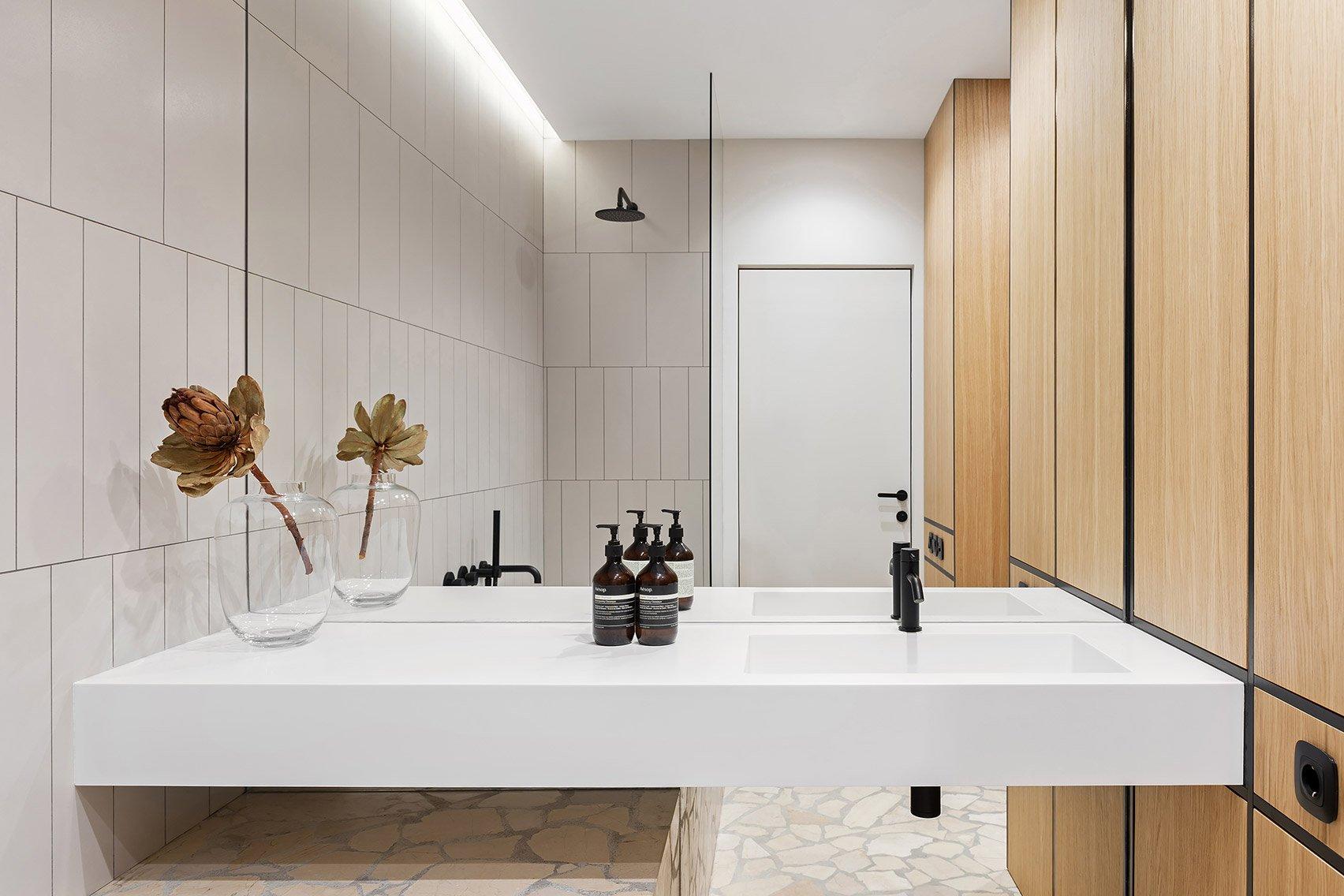 butas Egr-apartment-ater-architects-kyiv-ukraine-architecture_dezeen_1704_col_26