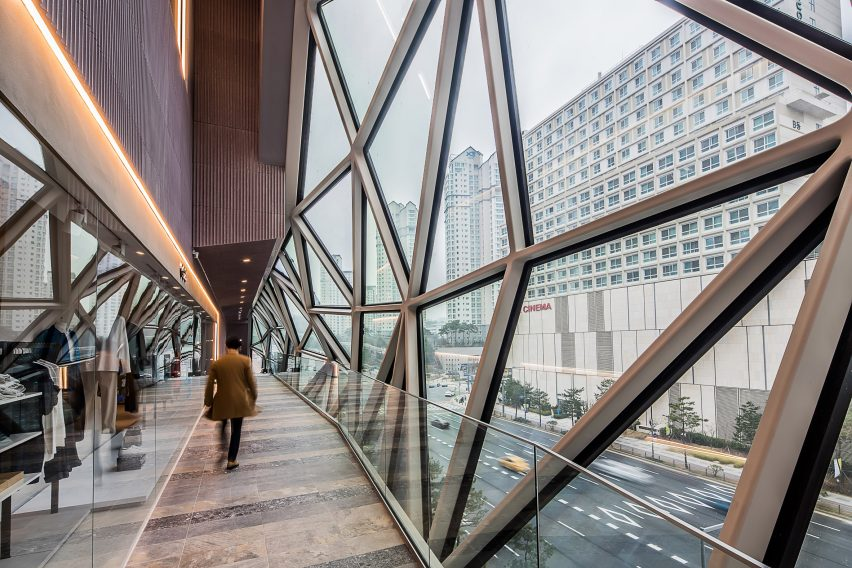 Galleria department store in Gwanggyo, South Korea by OMA