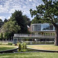 House in Coombe Park by Eldridge London exterior