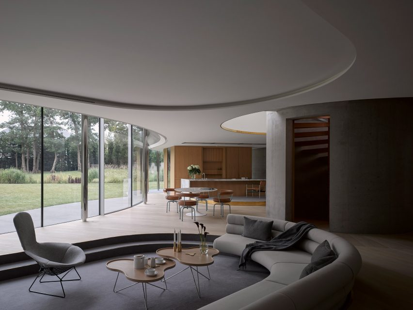 House in Coombe Park by Eldridge London lounge