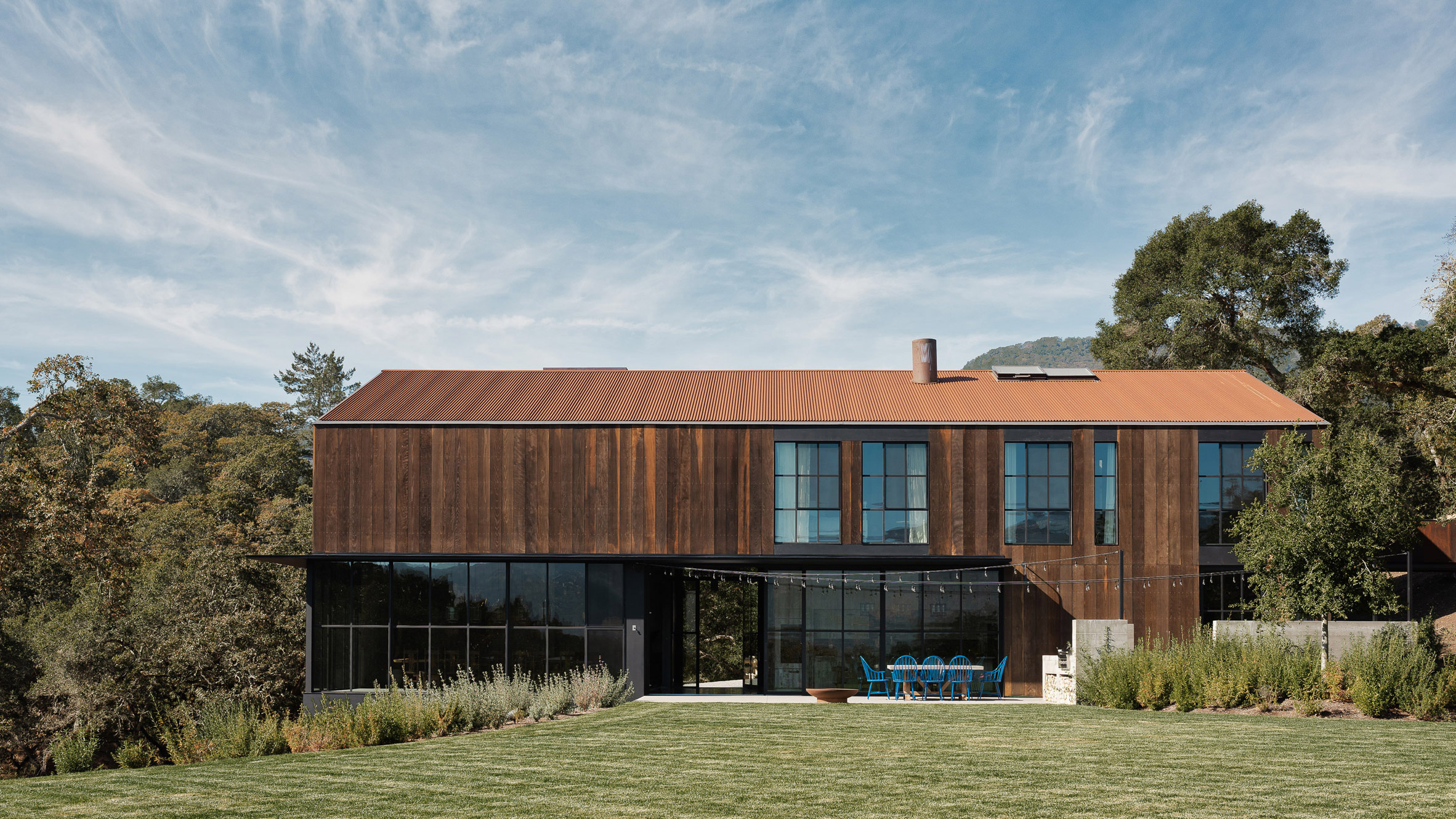 Faulkner Architects Perches Big Barn House On Sonoma Valley Hillside
