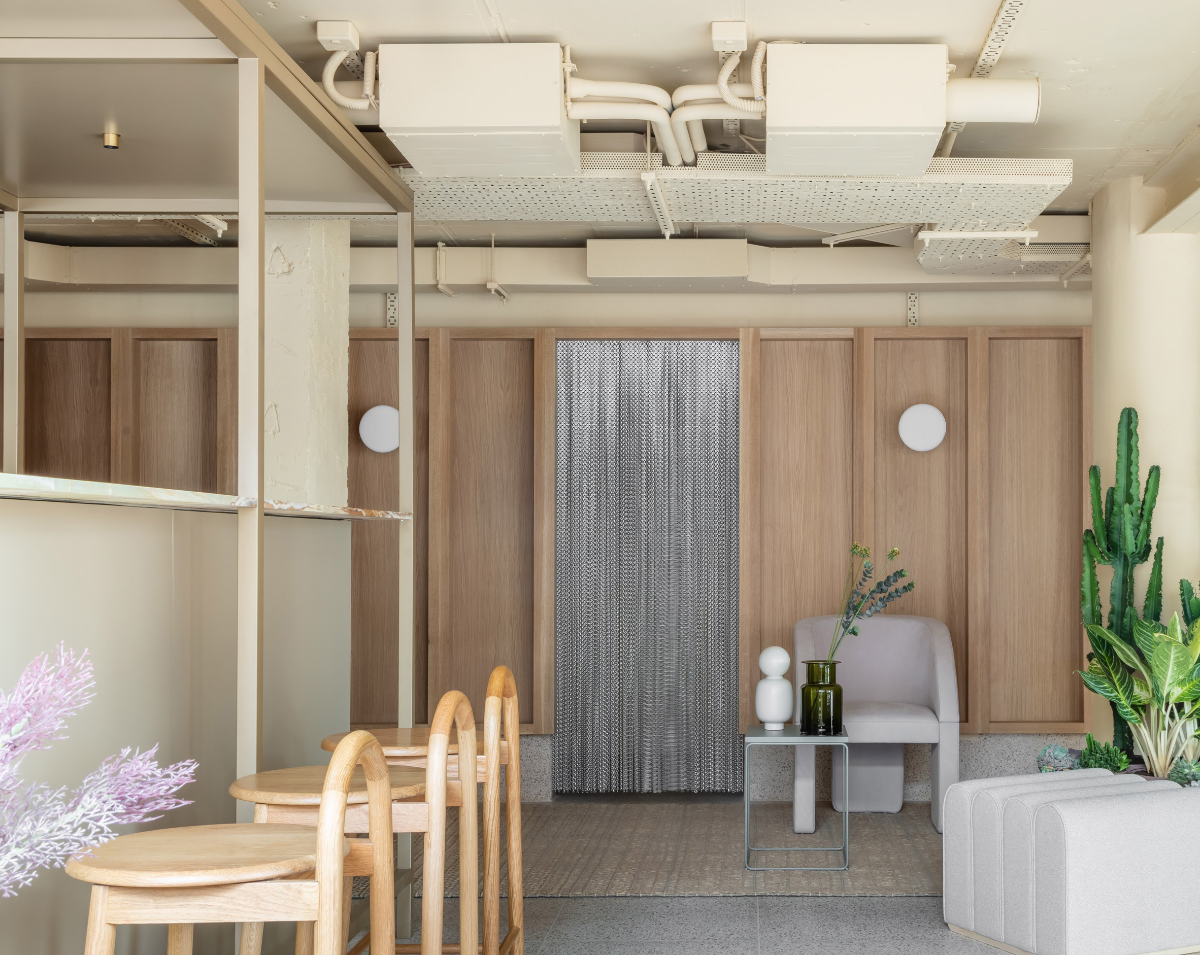 Locke at Broken Wharf hotel by Grzywinski+Pons