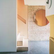 Francesco Pierazzi Architects delicately clashes materials inside London maisonette