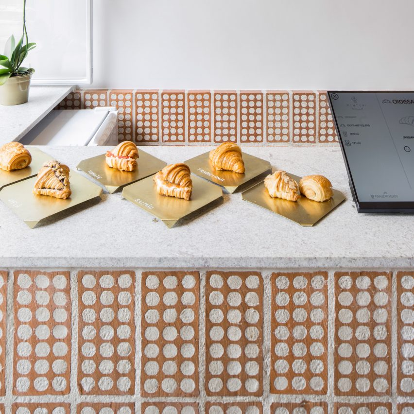 Mintchi Croissant is a São Paulo bakery filled with pastry-inspired details