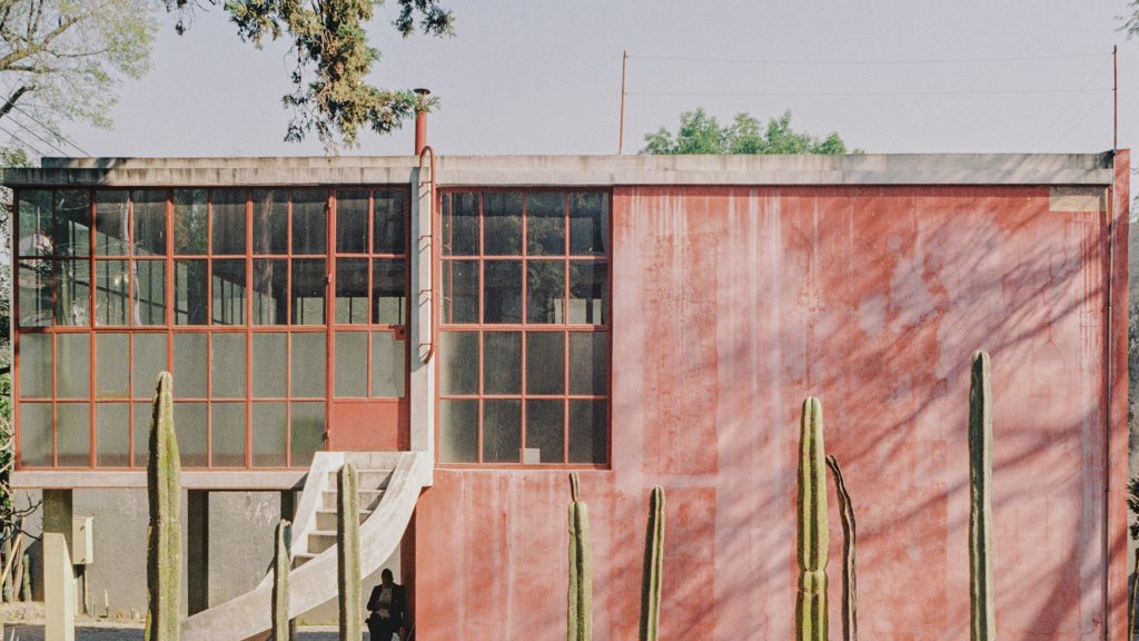 Modernist red house Juan O'Gorman designed for his father captured in photos