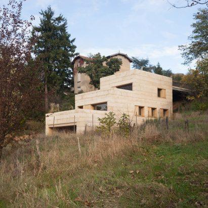 P House by Tectoniques Architetectes in Lyon