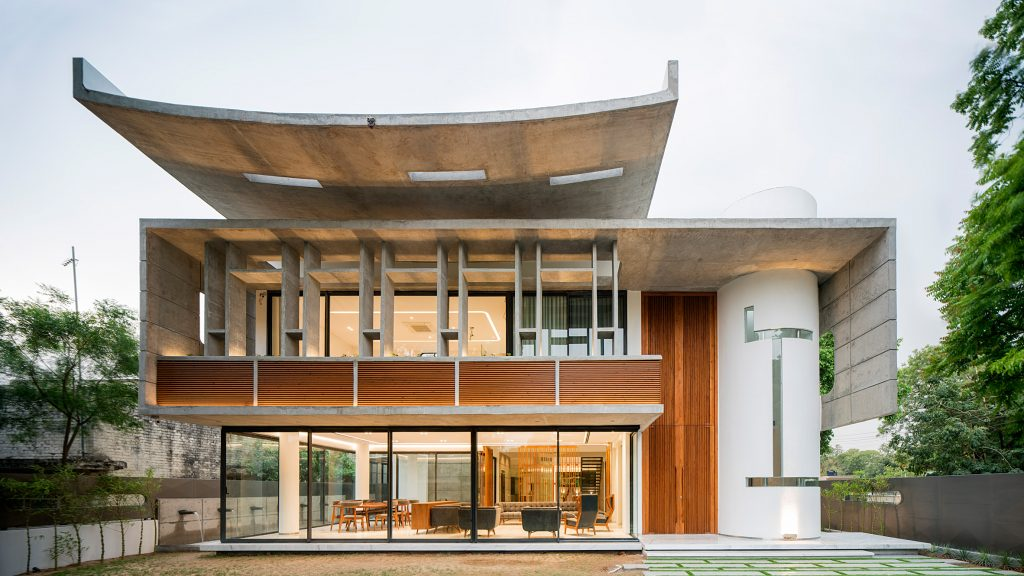 Charged Voids draws on Corbusier for home in Chandigarh