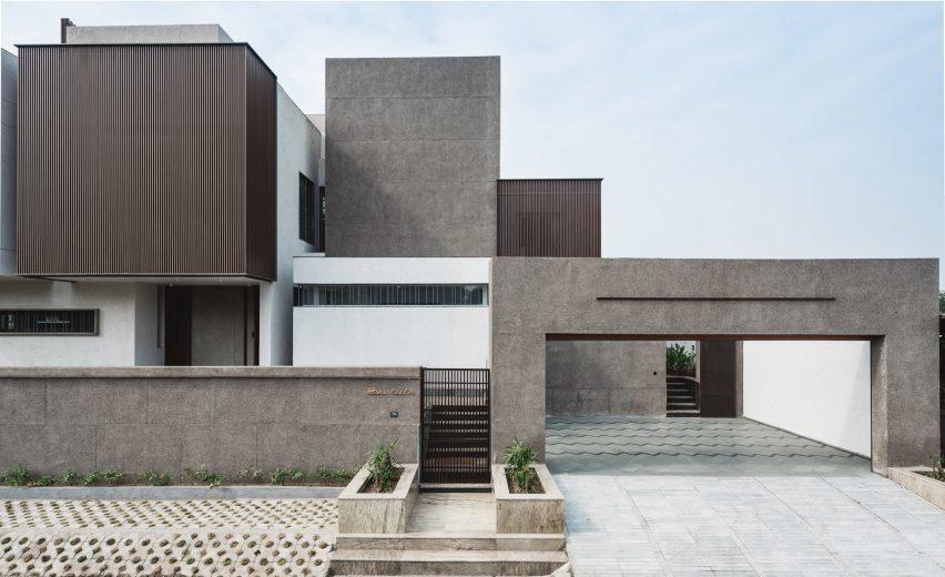 Sarpanch House by Neogenesis+Studi0261