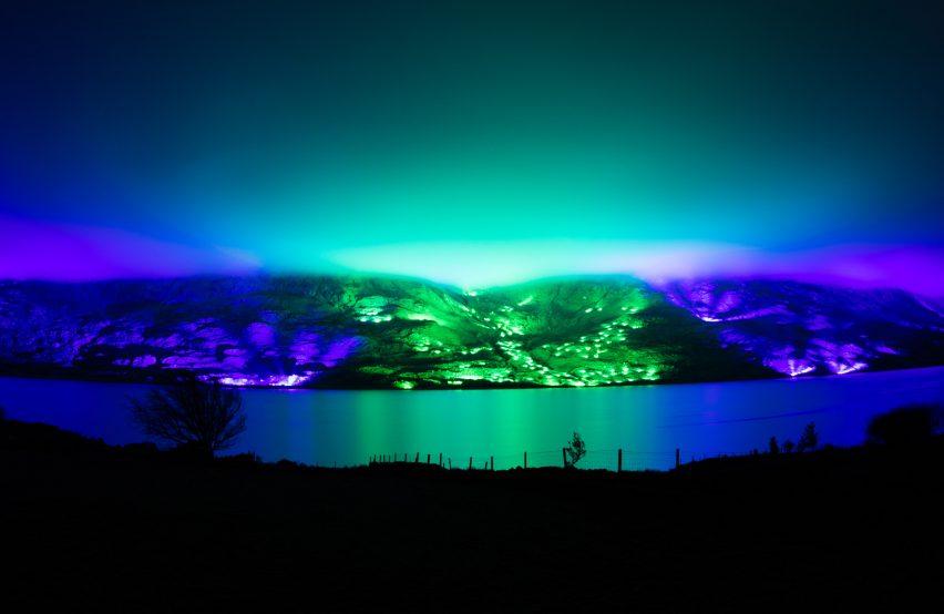 Kari Kola illuminates Irish mountainside with 1,000 lights