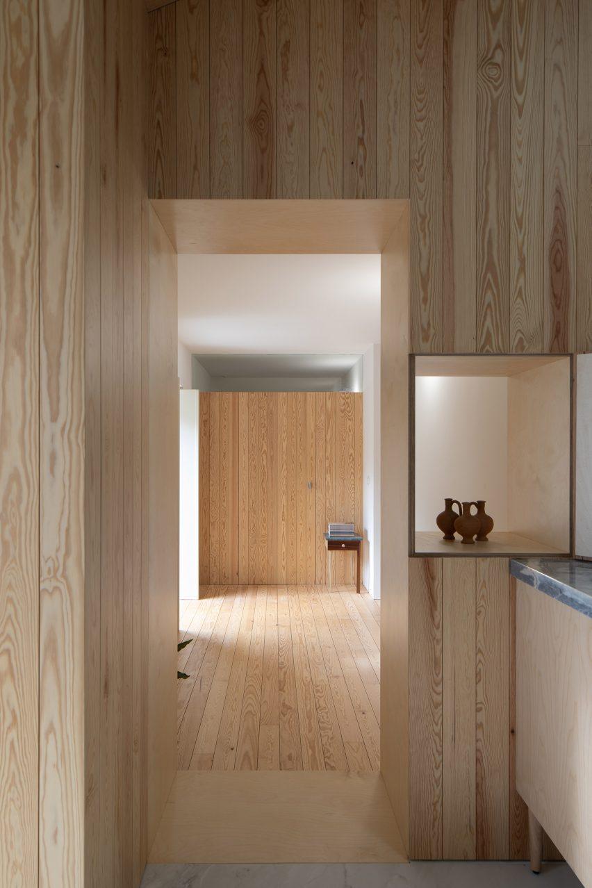 Ti Clara by Espaço p2 Architects