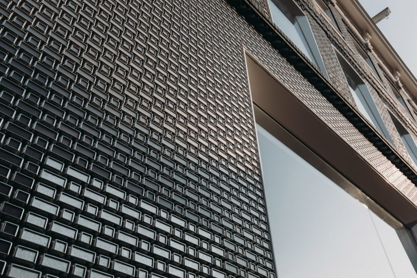 Louis Vuitton store on PC Hooftstraat called Brick Pixelation by UNStudio