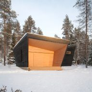 Arctic Sauna Pavilion by Toni Yli-Suvanto Architects